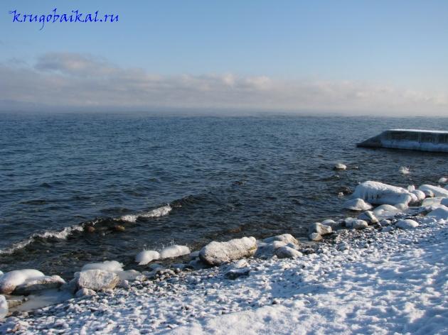 Байкал зимой фото: южное побережье, близ Слюдянки, январь. Photo of Lake Baikal in winter. Southern coast of Lake Baikal in winter, near Slyudyanka, in January