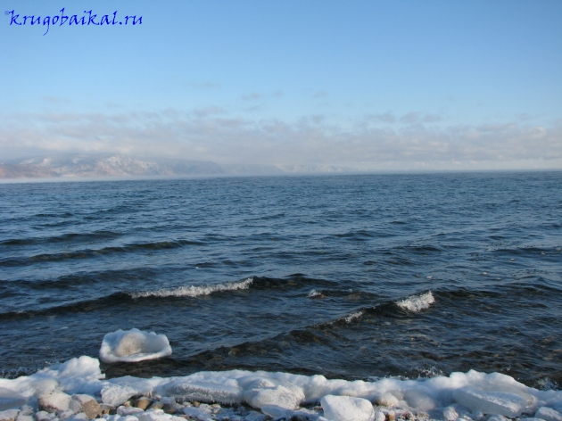 Байкал зимой фото: южное побережье, январь. Photo of Lake Baikal in winter. Southern coast of Lake Baikal, in January