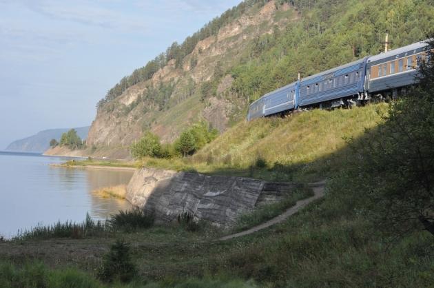 Байкал фото: Кругобайкальская железная дорога - КБЖД