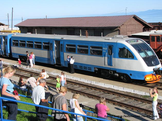 Железнодорожный туризм  Кругобайкальский экспресс снаружи